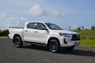 Toyota Hilux Deluxe  White Manual.