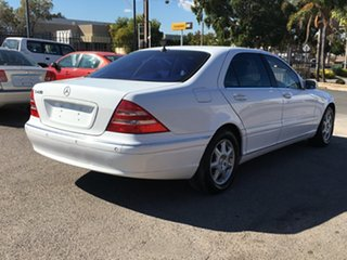 1999 Mercedes-Benz S-Class W220 S430 White 5 Speed Automatic Sedan.