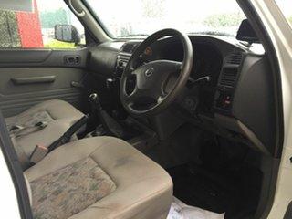 2009 Nissan Patrol GU MY08 DX (4x4) White 5 Speed Manual Leaf Cab Chassis
