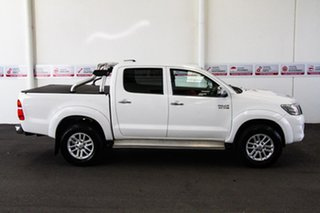 2015 Toyota Hilux KUN26R MY14 SR5 (4x4) Glacier White 5 Speed Automatic Dual Cab Pick-up
