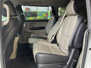 2019 Kia Carnival Platinum Snow White Pearl Sports Automatic Wagon