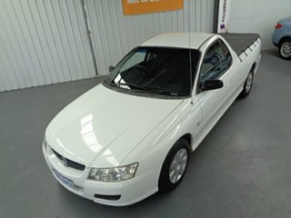 2005 Holden Ute VZ White 4 Speed Automatic Utility