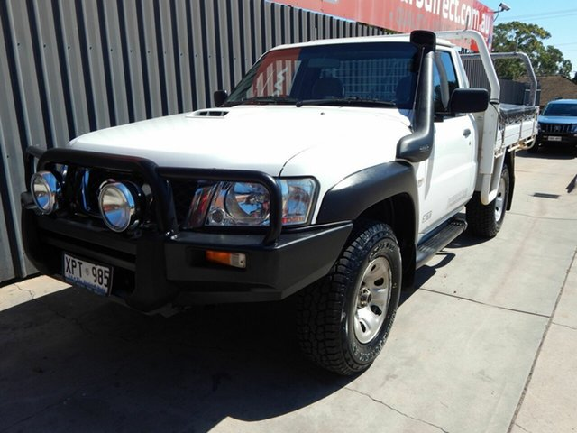 Used Nissan Patrol GU 6 MY08 ST Blair Athol, 2007 Nissan Patrol GU 6 MY08 ST White 5 Speed Manual Cab Chassis