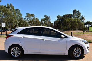 2014 Hyundai i30 GD MY14 Elite White 6 Speed Sports Automatic Hatchback.
