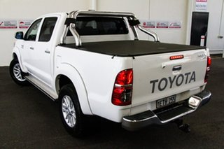 2015 Toyota Hilux KUN26R MY14 SR5 (4x4) Glacier White 5 Speed Automatic Dual Cab Pick-up.