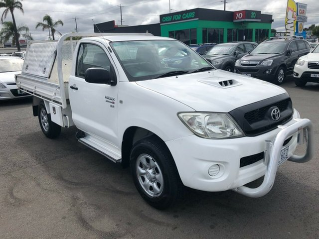 Used Toyota Hilux KUN26R 09 Upgrade SR (4x4) Cheltenham, 2009 Toyota Hilux KUN26R 09 Upgrade SR (4x4) White 5 Speed Manual X Cab Cab Chassis