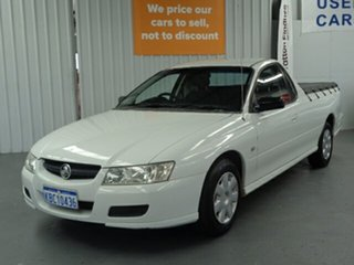 2005 Holden Ute VZ White 4 Speed Automatic Utility.