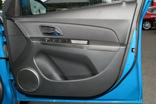 2013 Holden Cruze JH Series II MY14 Equipe Perfect Blue 5 Speed Manual Hatchback