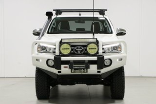 2015 Toyota Hilux GUN126R SR5 (4x4) Pearl White 6 Speed Automatic Dual Cab Utility.