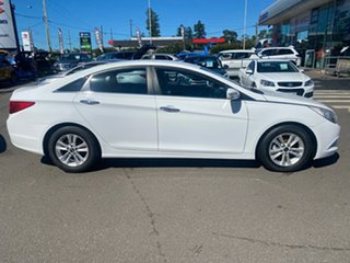 2011 Hyundai i45 YF MY11 Active White 6 Speed Sports Automatic Sedan.