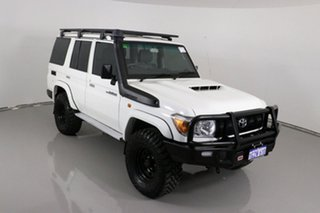 2019 Toyota Landcruiser VDJ76R MY18 Workmate (4x4) White 5 Speed Manual Wagon