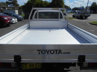 2015 Toyota Hilux TGN16R MY14 Workmate White 4 Speed Automatic Cab Chassis