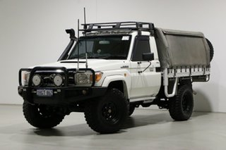 2011 Toyota Landcruiser VDJ79R 09 Upgrade GXL (4x4) White 5 Speed Manual Cab Chassis.