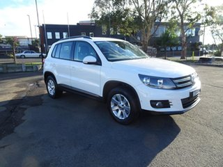 2013 Volkswagen Tiguan 5N MY14 132TSI DSG 4MOTION Pacific Candy White 7 Speed Automatic Wagon.
