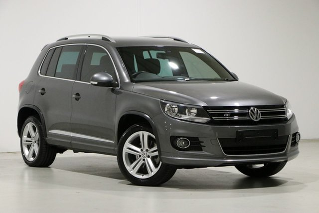 Used Volkswagen Tiguan 5NC MY15 155 TSI R-Line (4x4) Bentley, 2015 Volkswagen Tiguan 5NC MY15 155 TSI R-Line (4x4) Grey 7 Speed Auto Direct Shift Wagon