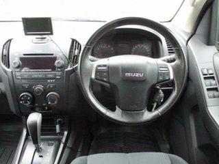 2016 Isuzu D-MAX Turbo SX White Automatic CREWCAB CHASSIS