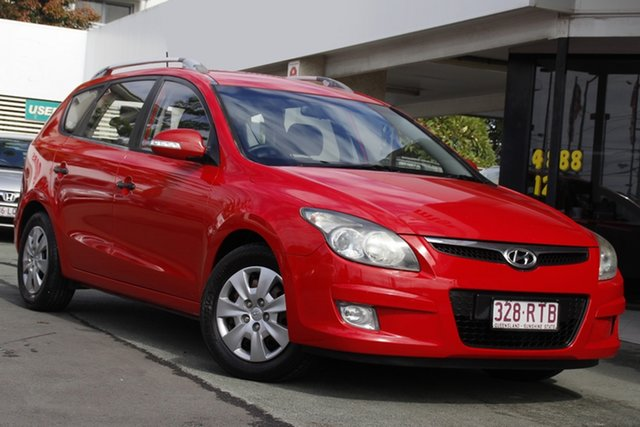 Used Hyundai i30 FD MY11 SX cw Wagon Mount Gravatt, 2011 Hyundai i30 FD MY11 SX cw Wagon Red 4 Speed Automatic Wagon