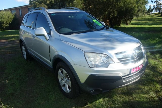 Used Holden Captiva CG MY10 5 East Maitland, 2010 Holden Captiva CG MY10 5 Silver 5 Speed Manual Wagon