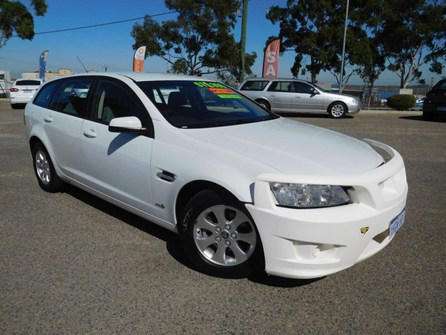 Used Holden Commodore VE II MY12.5 Omega Sportwagon Wangara, 2013 Holden Commodore VE II MY12.5 Omega Sportwagon White 6 Speed Sports Automatic Wagon