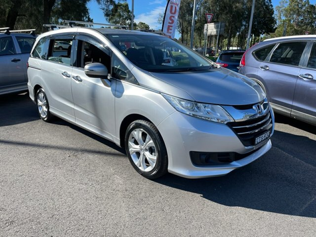 Used Honda Odyssey RC MY14 VTi Maitland, 2014 Honda Odyssey RC MY14 VTi Silver 7 Speed Constant Variable Wagon