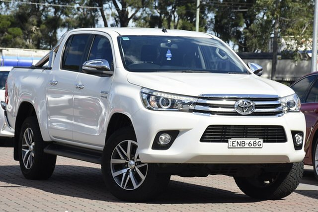 Pre-Owned Toyota Hilux GUN126R SR5 Double Cab Warwick Farm, 2016 Toyota Hilux GUN126R SR5 Double Cab White 6 Speed Sports Automatic Utility