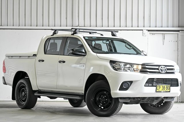 Used Toyota Hilux GUN126R SR Double Cab Laverton North, 2017 Toyota Hilux GUN126R SR Double Cab White 6 Speed Sports Automatic Utility