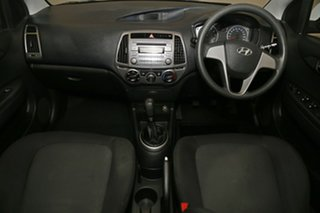 2013 Hyundai i20 PB MY13 Active Coral White 6 Speed Manual Hatchback