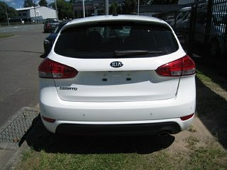 2015 Kia Cerato YD MY16 S White 6 Speed Automatic Hatchback