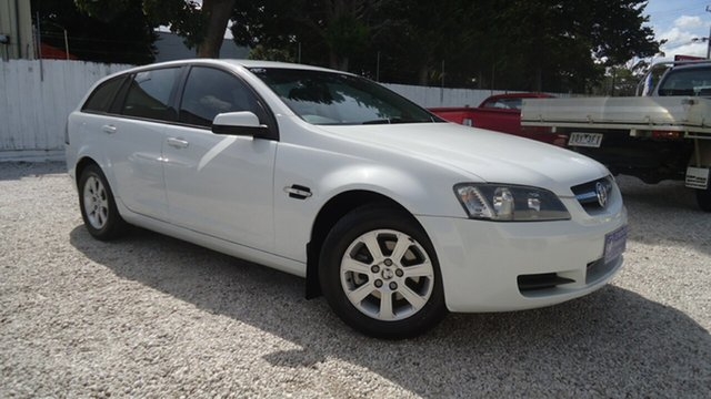 Used Holden Commodore VE MY09.5 Omega Sportwagon Seaford, 2009 Holden Commodore VE MY09.5 Omega Sportwagon White 4 Speed Automatic Wagon