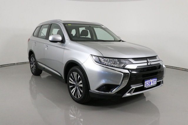 Used Mitsubishi Outlander ZL MY19 ES 7 Seat (AWD) Bentley, 2019 Mitsubishi Outlander ZL MY19 ES 7 Seat (AWD) Silver Continuous Variable Wagon