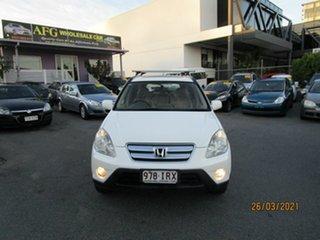 2005 Honda CR-V 2005 Upgrade (4x4) Sport White 5 Speed Automatic Wagon.