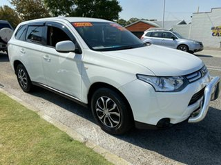 2013 Mitsubishi Outlander ZJ ES (4x4) White Continuous Variable Wagon.