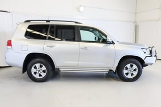 2017 Toyota Landcruiser VDJ200R GXL Silver 6 Speed Sports Automatic Wagon.