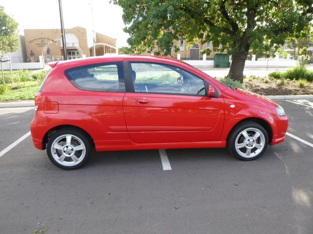 Used Holden Barina TK Beverley, 2007 Holden Barina TK Red Manual Hatchback