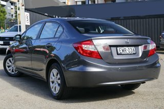 2015 Honda Civic 9th Gen Ser II MY15 VI Grey 5 Speed Manual Sedan.