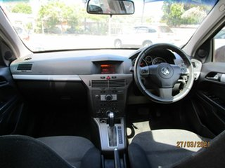 2006 Holden Astra AH MY06 CDX Black 4 Speed Automatic Hatchback