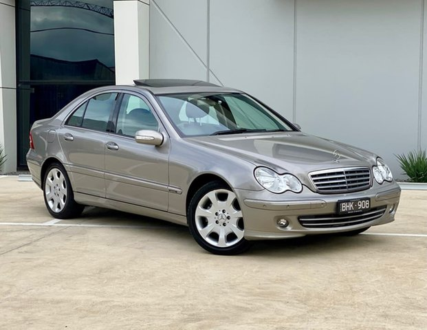 Used Mercedes-Benz C-Class W203 MY2006 C350 Elegance Templestowe, 2006 Mercedes-Benz C-Class W203 MY2006 C350 Elegance Silver 7 Speed Sports Automatic Sedan