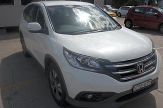 2014 Honda CR-V RM MY15 VTi White 5 Speed Automatic Wagon.