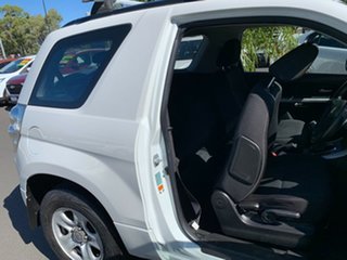 2009 Suzuki Grand Vitara JB MY09 Pearl White 5 Speed Manual Wagon