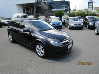 2006 Holden Astra AH MY06 CDX Black 4 Speed Automatic Hatchback.
