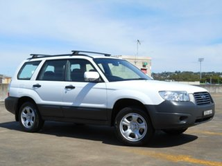 2006 Subaru Forester 79V MY06 X AWD White 5 Speed Manual Wagon.