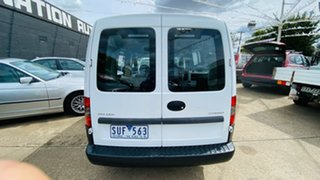 2004 Holden Combo XC White 5 Speed Manual Van
