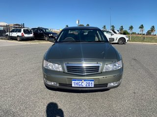 2004 Holden Statesman WL V8 Grey 4 Speed Automatic Sedan.