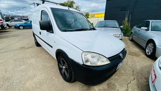 2004 Holden Combo XC White 5 Speed Manual Van.