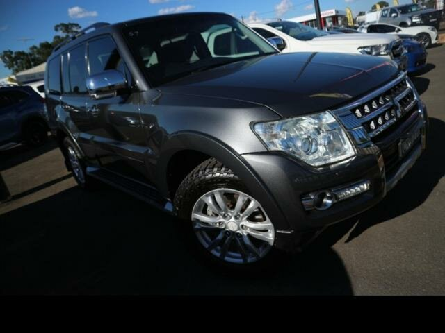 Used Mitsubishi Pajero NW MY14 Exceed LWB (4x4) Kingswood, 2014 Mitsubishi Pajero NW MY14 Exceed LWB (4x4) Grey 5 Speed Auto Sports Mode Wagon