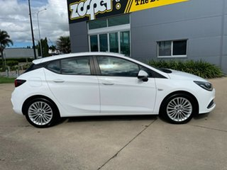 2016 Holden Astra BK MY17 R White/190517 6 Speed Sports Automatic Hatchback.