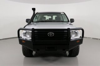 2015 Toyota Landcruiser VDJ200R MY13 GX (4x4) Silver 6 Speed Automatic Wagon.