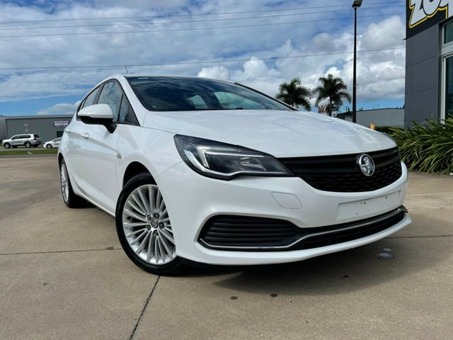 Used Holden Astra BK MY17 R Townsville, 2016 Holden Astra BK MY17 R White/190517 6 Speed Sports Automatic Hatchback