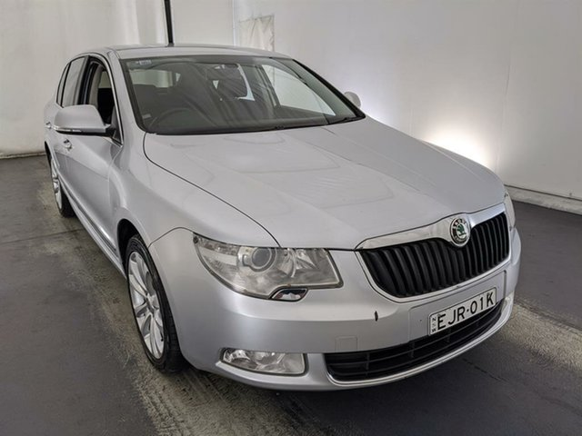 Used Skoda Superb 3T MY11 Elegance DSG 125TDI Maryville, 2011 Skoda Superb 3T MY11 Elegance DSG 125TDI Silver 6 Speed Sports Automatic Dual Clutch Sedan