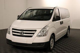 2016 Hyundai iLOAD TQ3-V Series II MY16 Crew Cab White 5 speed Automatic Van.